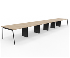 X3 Konferensbord X3 Konferensbord 600x120 cm för 18-20 personer